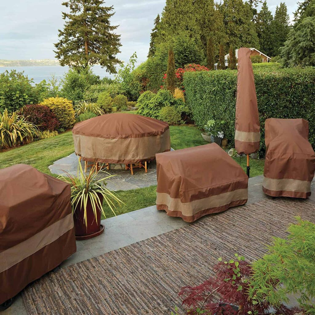 Furnitures in the outdoor space secure by the Patio Furniture Covers